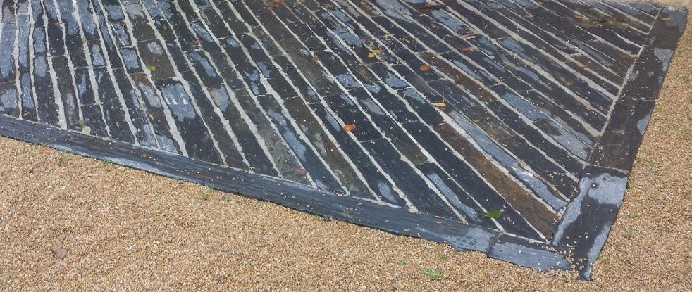Fiche conseil utiliser les piquets de schiste galets for Pose d un piquet de terre